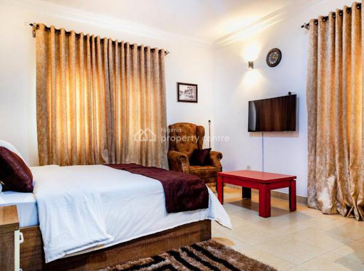 Luxurious 3 Bedroom Apartment with Exquisite Amenities., Prime Waters, Ikate, Lekki, Lagos, House Short Let