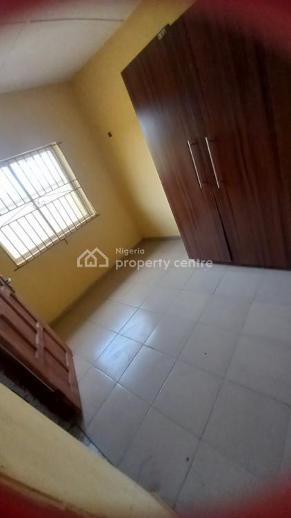 3 Three Bedroom Flat, Radio, Ikorodu, Lagos, Flat for Rent