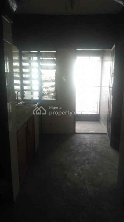 Renovated 3 Bedroom Apartment, Bode Thomas, Surulere, Lagos, Flat for Rent