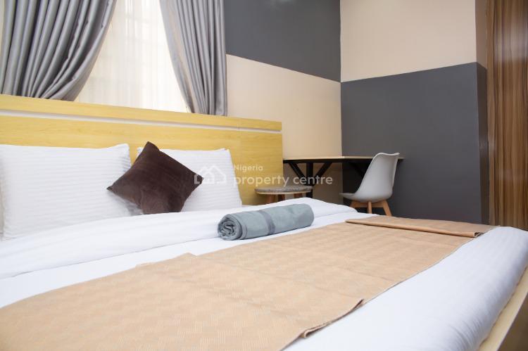 Retro Minimalist 3 Bedroom Apartment, Aco Estate Opposite Godab, Life Camp, Abuja, Flat Short Let