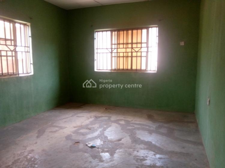 3 Bedroom Apartment, Challenge, Ibadan, Oyo, Flat for Rent