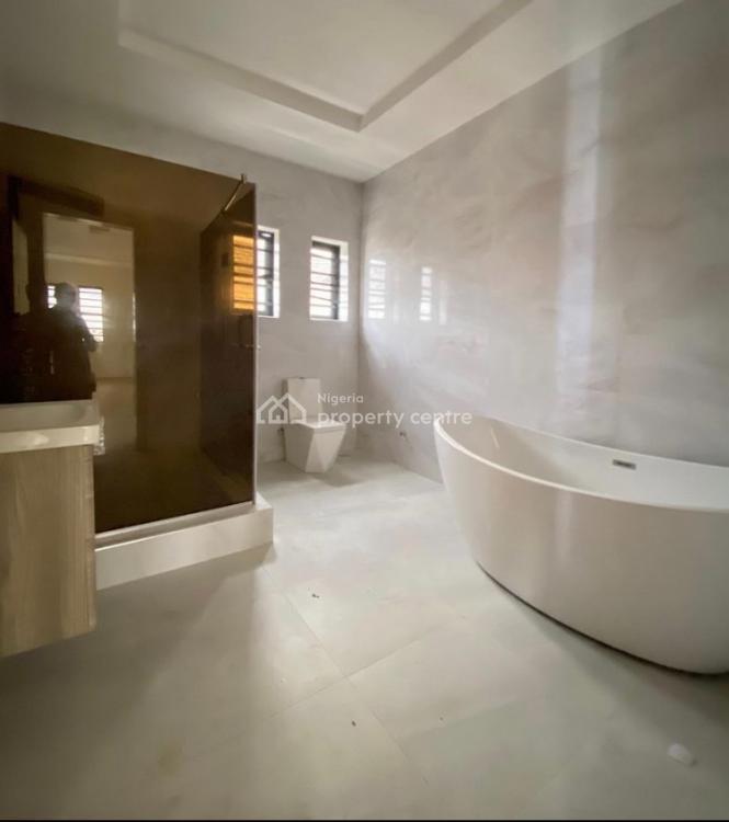 Very Spacious Luxurious 5 Bedroom Detached Duplex with Pool, Lekki County, Lekki, Lagos, Detached Duplex for Sale
