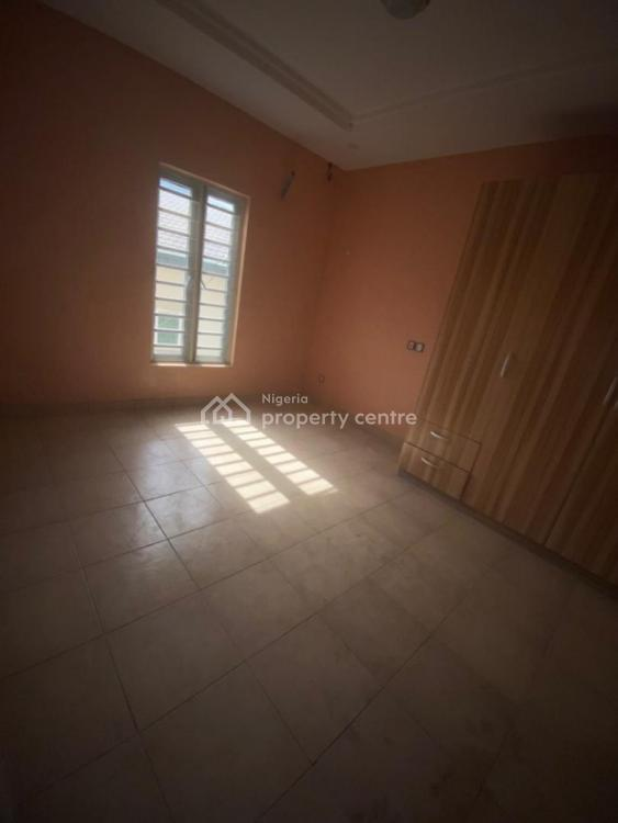 Self Contained, Bakare Estate, Lekki Expressway, Lekki, Lagos, Self Contained (single Rooms) for Rent