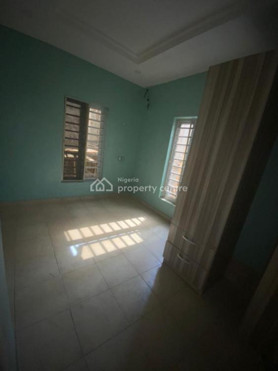 Self Contain, Bakare Estate, Lekki Expressway, Lekki, Lagos, Self Contained (single Rooms) for Rent