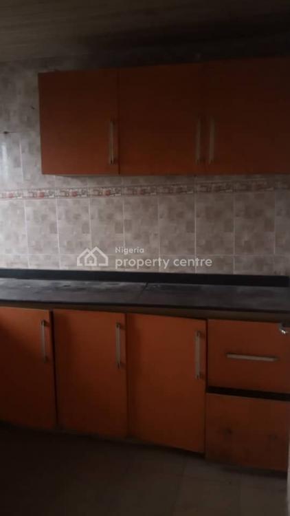 Nice Standard Three Bedroom Flat, Surulere, Lagos, Flat for Rent