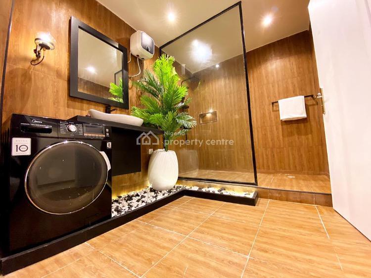 Luxury Waterfront 3 Bedroom Flat with Swimming Pool, Admiralty Way, Lekki Phase 1, Lekki, Lagos, Flat Short Let
