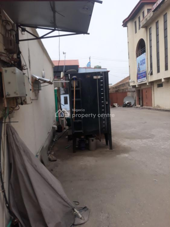 1acre Cornerpiece Commercial Property Up for Grab, Ago Expressway, Ago Palace, Isolo, Lagos, Plaza / Complex / Mall for Sale