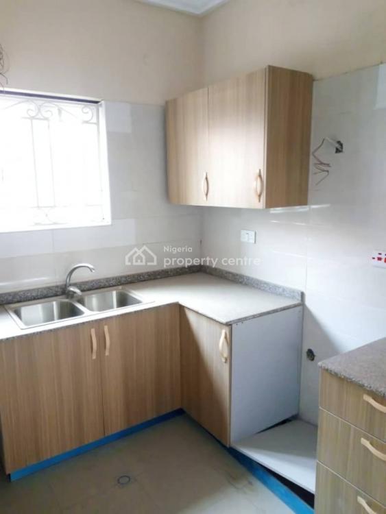 Well Renovated and Compact 3 Bedroom Flat, Estate, Oniru, Victoria Island (vi), Lagos, Flat for Rent