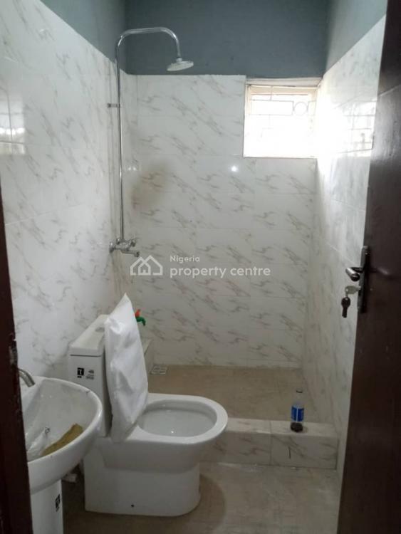 3 Bedroom  with Car Park, Ajao Road Off, Ogunlana Drive, Ogunlana, Surulere, Lagos, Flat for Rent