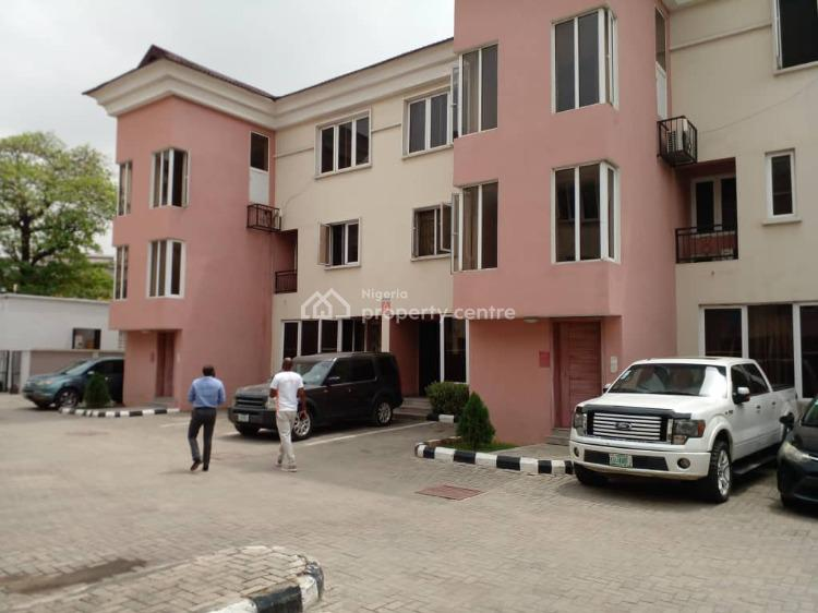 Lovely 2 Bedroom Service Apartment in an Estate, Adaba Mews Estate, Yaba, Lagos, Flat for Rent