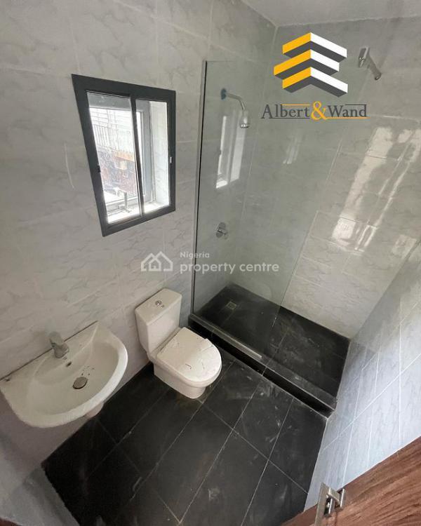 2 Bedroom Maisonette, Lekki Phase 1, Lekki, Lagos, House for Sale