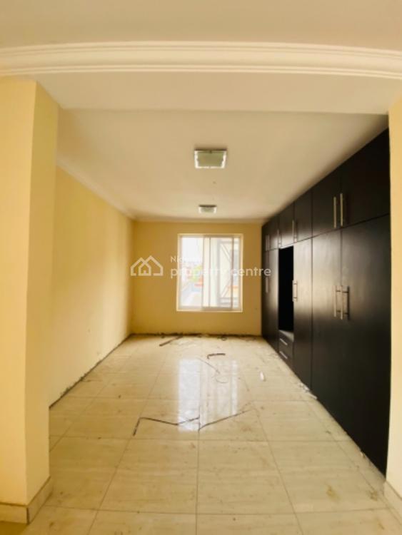 Humongous 5 Bedroom Terrace Duplex with a Bq/swimming Pool, Lekki Phase 1, Lekki, Lagos, Terraced Duplex for Rent
