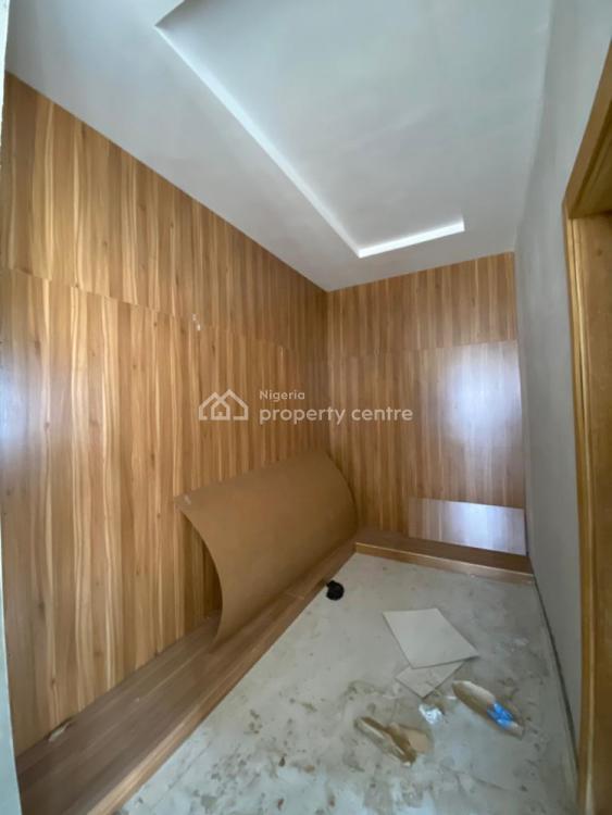 5 Bedrooms Fully Detached with a Room, Ikota, Lekki, Lagos, Detached Duplex for Sale