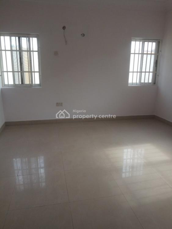 Very Clean 3 Bedroom Flat, No. 9b Adewala Kolawale, Maruwa, Lekki, Lagos, Flat for Rent