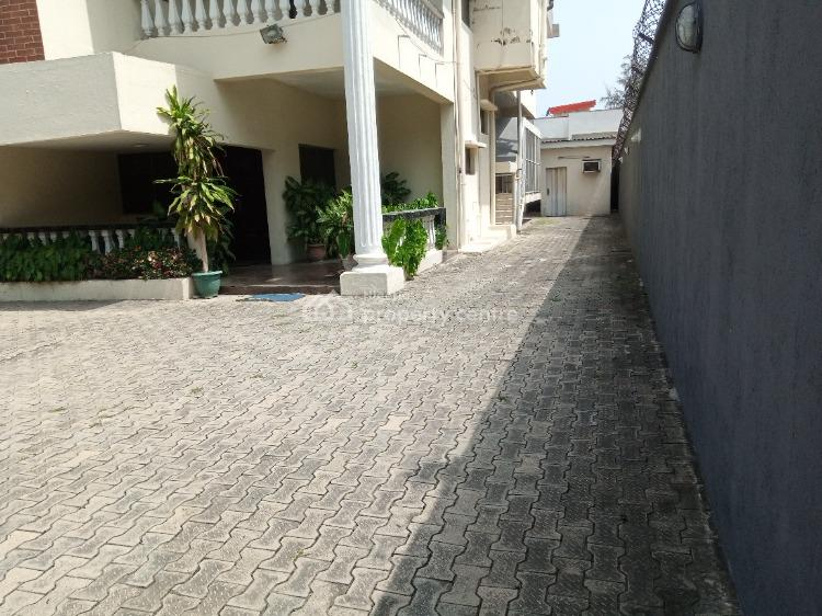 Five Bedrooms Detached House with Two Rooms Bq, Off Bishop Oluwole Street, Victoria Island (vi), Lagos, Detached Duplex for Rent