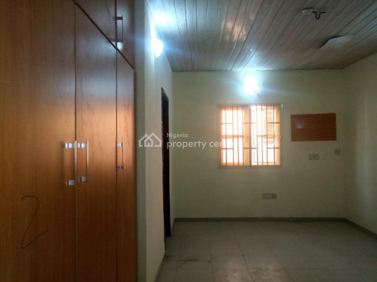a 3 Bedroom Flat, Before Chevron,, Lekki, Lagos, Flat for Rent