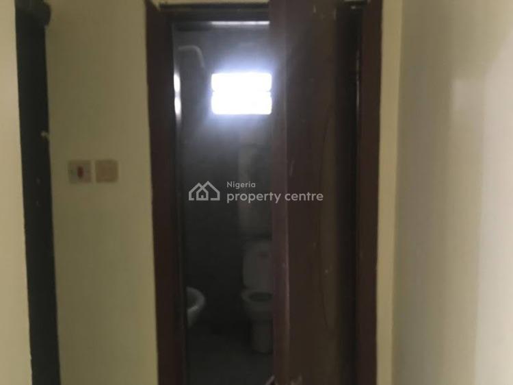 Luxury 3 Bedroom Flat with Nice Amenities, Borno Way, Alagomeji, Yaba, Lagos, Flat for Rent