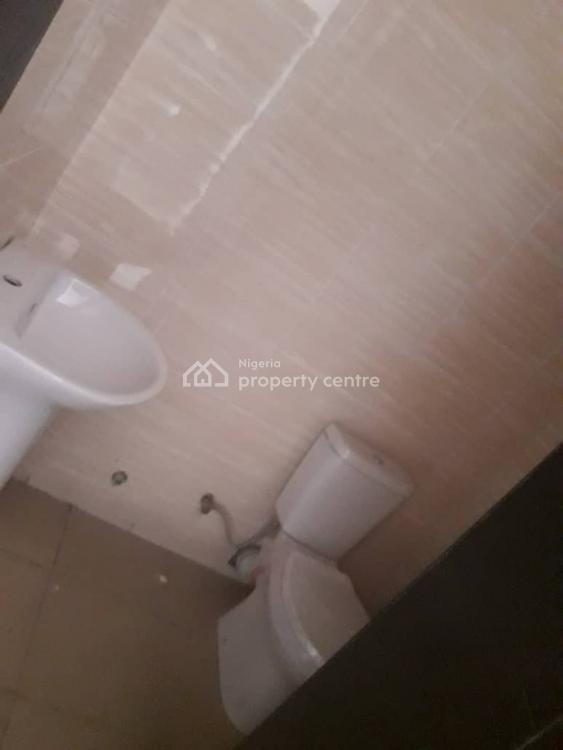 Spacious 2 Bedroom Flat Apartment, Ilasan, Lekki, Lagos, Flat for Rent