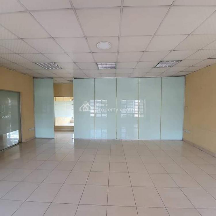 7 Bedrooms Detached House on 670sqm of Land, Muri Okunola Street, Victoria Island (vi), Lagos, Detached Duplex for Sale