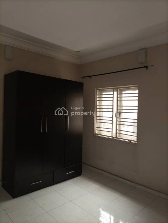 3 Bedroom Apartment, Gra Phase 1, Magodo, Lagos, Flat for Rent