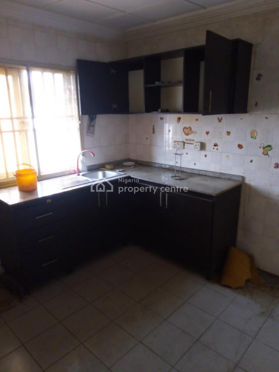 a Lovely Renovated 3 Bedroom Flat, Fola Agoro, Yaba, Lagos, Flat for Rent