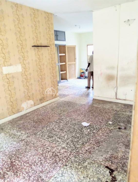 Lovely 3 Bedroom Flat, Bode Thomas, Surulere, Lagos, Flat for Rent