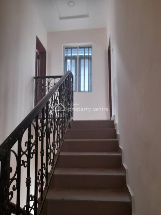 Executive 2 Bedroom Flat, Medina Estate, Gbagada, Lagos, Flat for Rent