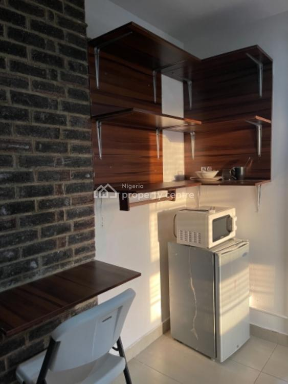 Luxury Single Room Apartment, Off Ligali Ayorinde Street, Victoria Island (vi), Lagos, Self Contained (single Rooms) Short Let