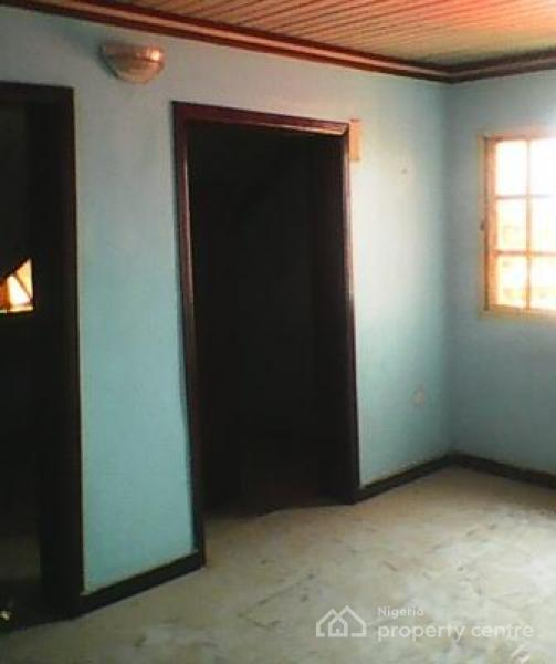 Room Apartment For Rent: For Rent: A Room Self Contained Apartment , Dolphin Estate