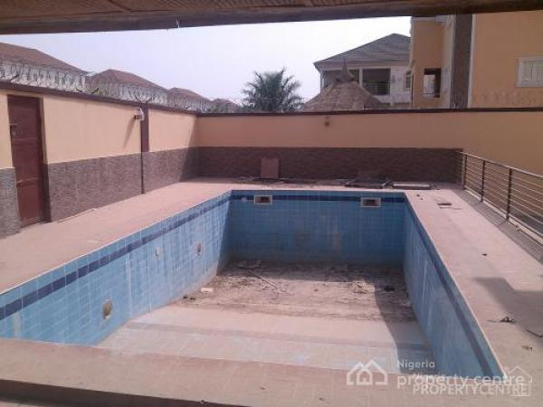 For sale luxurious 6 bedroom duplex with 2 rooms guests for Duplex house plans with swimming pool