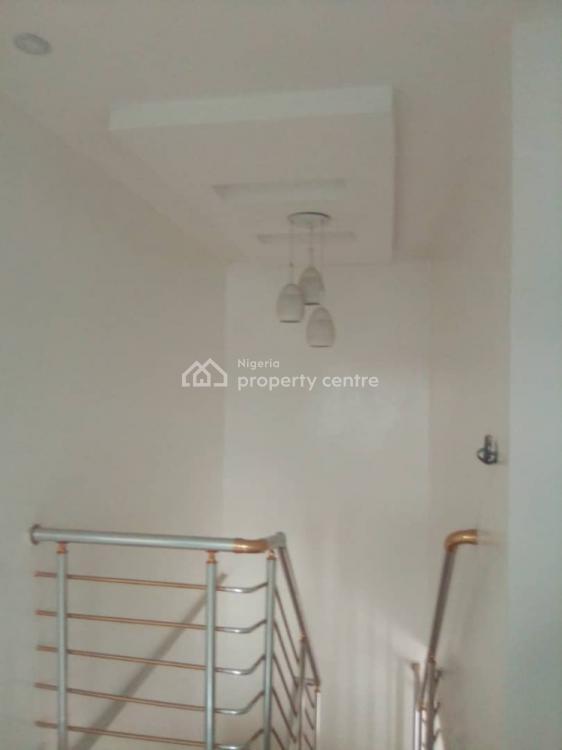 Spacious 3 Bedroom Terrance, Mobil Road Ilaje, Ajah, Lagos, Terraced Duplex for Rent