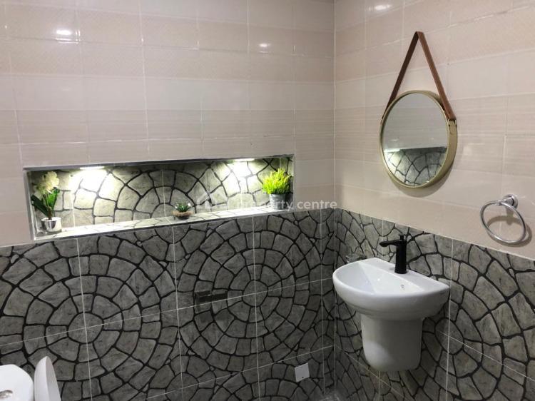 Cozy Waterfront 3 Bedroom Apartment, Admiralty, Lekki Phase 1, Lekki, Lagos, House Short Let