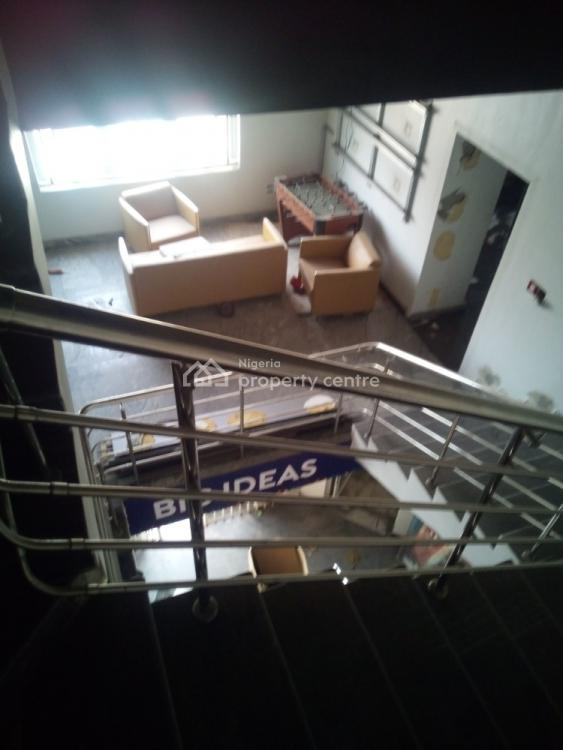 355 Sqm Sized Banking Hall, Wuse 2, Abuja, Office Space for Rent