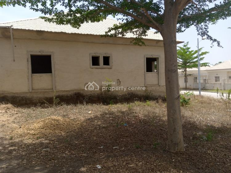 3 Bedroom Bungalow, Forte Royal Estate, Airport Road, Kiami, Lugbe District, Abuja, Semi-detached Bungalow for Sale