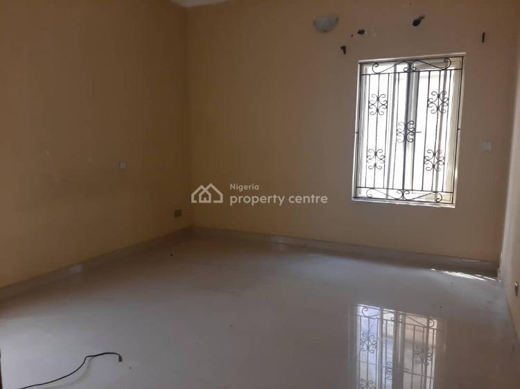 Well Maintaned 3 Bedroom Flat, Lekki County, Ikota, Lekki, Lagos, Flat for Rent