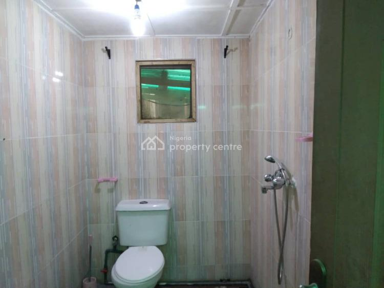 Lovely Spacious Self Contained, Oba Oyekan Estate, Lekki, Lagos, Flat for Rent