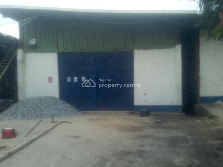 2337 Square Feet Warehose, Eric Moore, Surulere, Lagos, Warehouse for Rent
