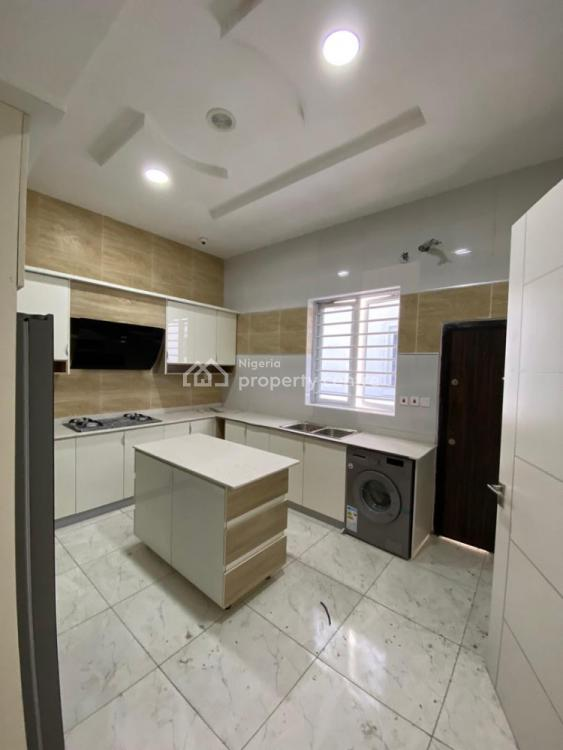 Luxury 4 Bedroom Massive Semi-detached Duplex, By Chevron Drive, Lekki Expressway, Lekki, Lagos, Semi-detached Duplex for Sale