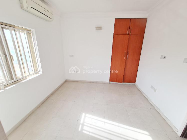3 Bedoom Flat, Off Admiralty Way, Lekki Phase 1, Lekki, Lagos, Flat for Rent