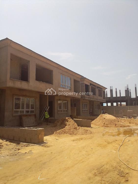 4 Bedroom Terrace Duplex, 3 Minutes Drive Off Pinnock Beach Estate, Osapa , Jakande, Osapa, Lekki, Lagos, Terraced Duplex for Sale