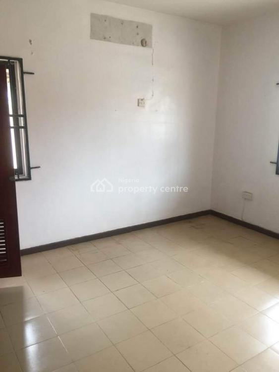 Spacious 2 Bedroom with Excellent Finishing, Opposite Chevy View Estate, Lekki, Lagos, Flat for Rent
