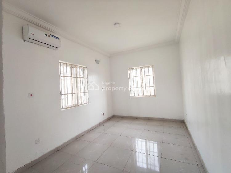 New 2 Bedroom Apartment with Air Conditioners Upstairs No Bq, Lekki Phase 1, Lekki, Lagos, Flat for Rent
