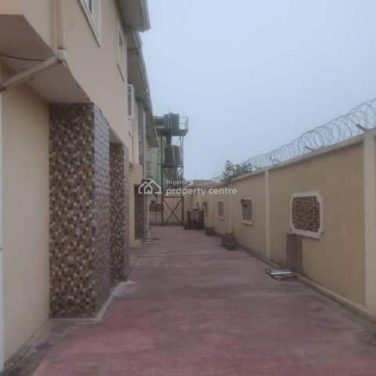 3 Bedrooms Luxury Apartmnt with Nice Fittings, Ado - Oke Ira, Ajah, Lagos, Flat for Rent