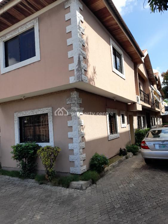 3 Bedroom Flat Upstairs, Off Road 12, Lekki Phase 1, Lekki, Lagos, Flat for Rent