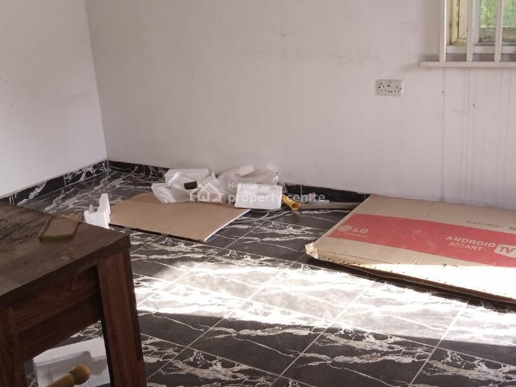 Clean 2 Bedroom Flat Upstairs, Abimbola Close Ekis Addo, Ajah, Lagos, Flat for Rent