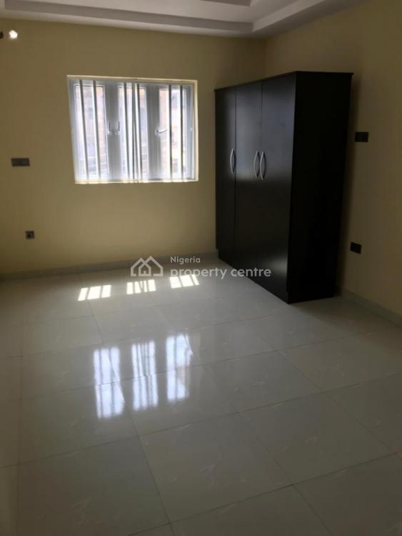 Newly Built 3 Bedroom Flat, Old Olowora Road, Olowora, Magodo, Lagos, Flat for Rent
