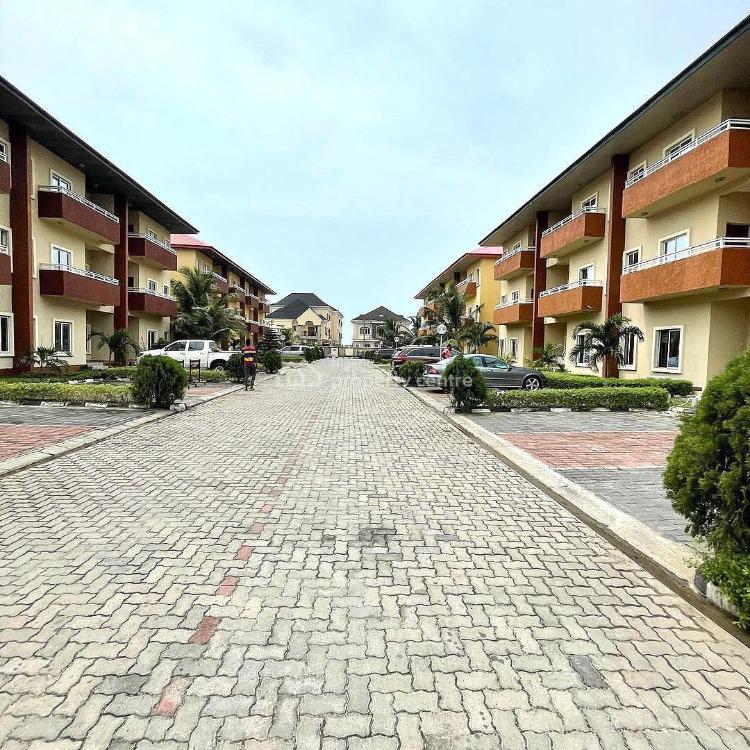4 Bedroom Terrace with Bq, Ilasan, Lekki, Lagos, Terraced Duplex for Sale