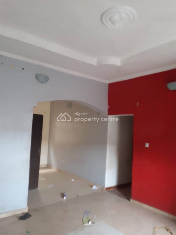 Executive 2 Bedroom Flat, Palmgrove, Shomolu, Lagos, Flat for Rent