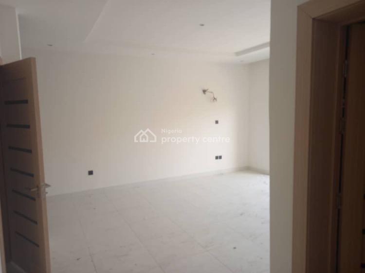 Luxury Five Bedroom House with Bq, Lekki Phase 1, Lekki, Lagos, Terraced Duplex for Rent