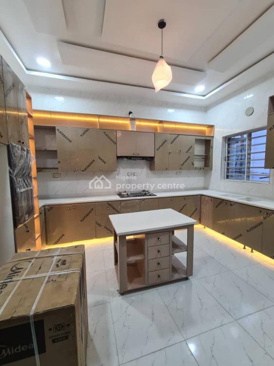 4 Bedroom Semi-detached Duplex, Chevron, 2nd Toll Gate Lekki., Lekki Phase 2, Lekki, Lagos, Semi-detached Duplex for Sale